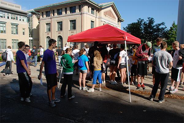 CMU Donut Dash 2010 - running to raise money while eating donuts!