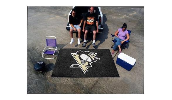 Pittsburgh Penguins Ulti-Mat on Amazon