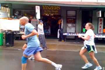 Pittsburgh Marathon Yinzers (by MikeNeilson)